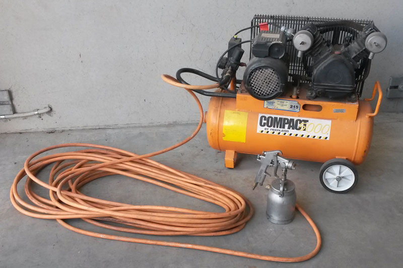 Spray Gun, Compressor and Hose